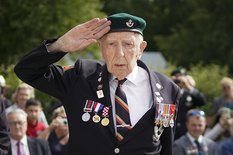 Image: Commemorations Begin For D-Day 75th Anniversary In Normandy