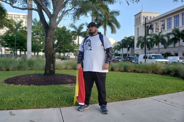 Image:Miguel Galindo, 34, in Doral, Florida on Thursday, June 6, 2019 before starting his 1,100 mile walk to Washington, D.C. to call attention to Venezuela's crisis.