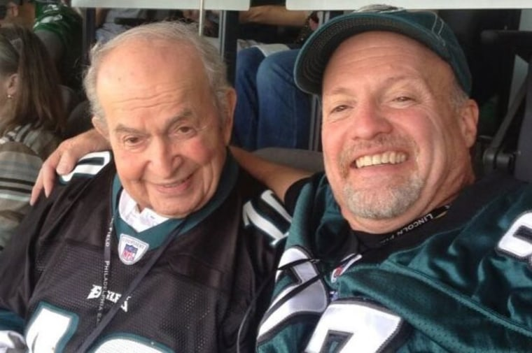 Jim Cramer and his father Ken at a Philadelphia Eagles game