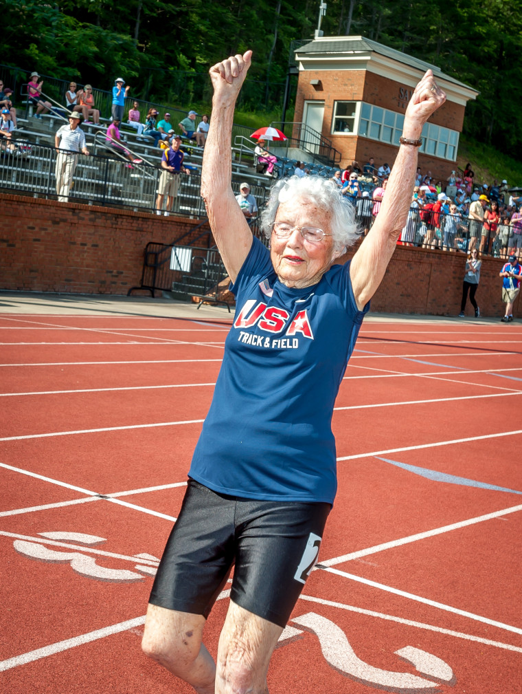 oldest American woman in track and field