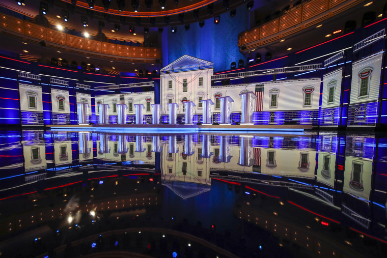 Image: Democratic Presidential Candidates Attend First Debates Of 2020 Election