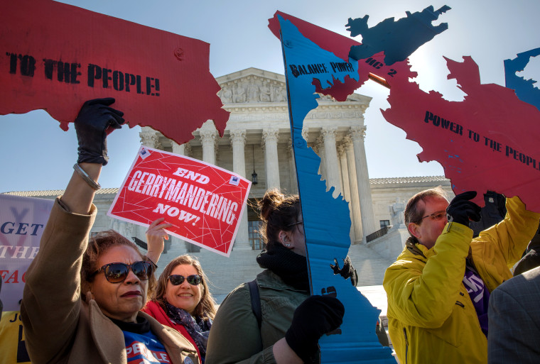 Image: Demonstrators protest against gerrymandering at the Supreme Court on March 26, 2019/