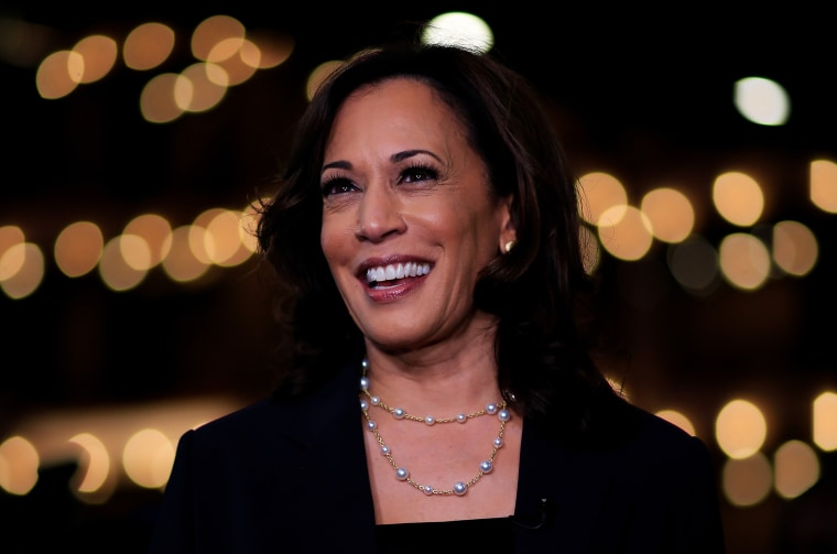 In poll of Latino voters, Kamala Harris and Julián Castro
