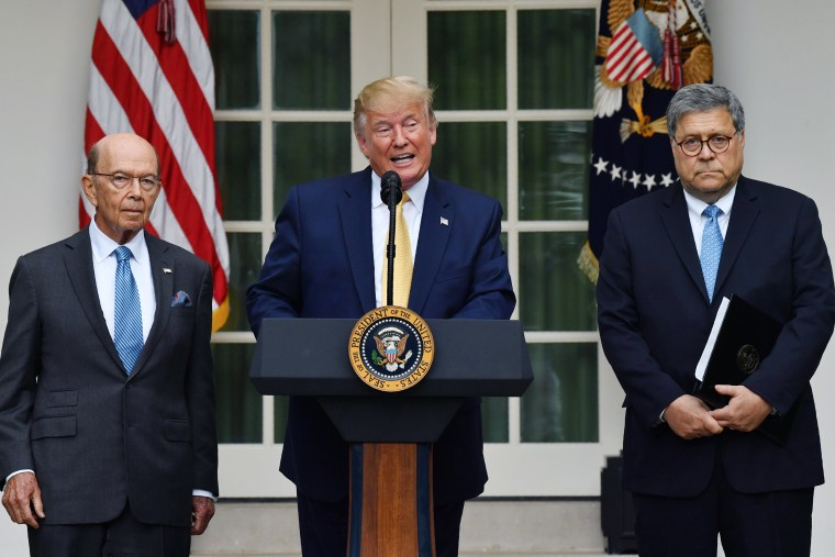 Image: US-POLITICS-CENSUS-TRUMP