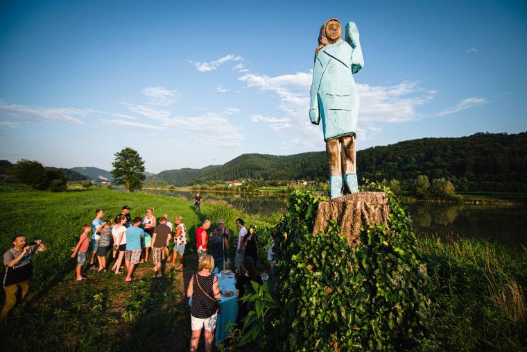 Image: TOPSHOT-SLOVENIA-US-TRUMP-SCULPTURE-OFFBEAT