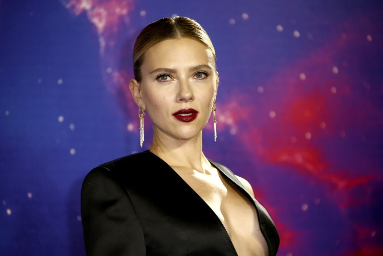 Scarlett Johansson says diversity comments were 'taken out of context'