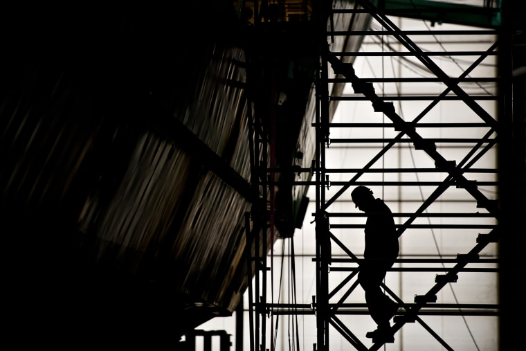 Image: Ship LCS building, Construction silhouette