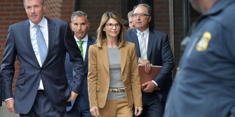 Image: *** BESTPIX *** Felicity Huffman And Lori Loughlin Appear In Federal Court To Answer Charges Stemming From College Admissions Scandal