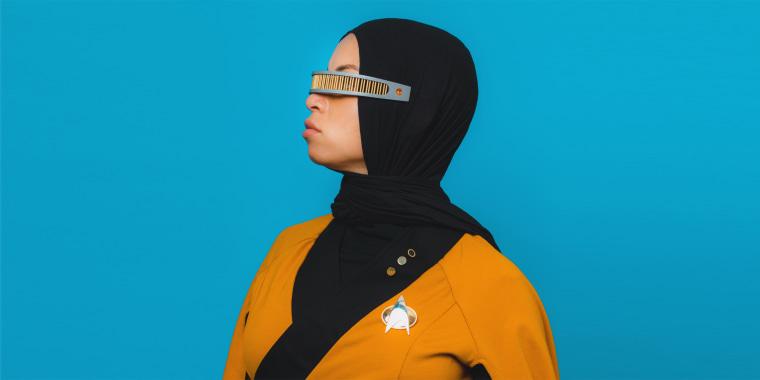 Star Trek fan adds hijab to uniform