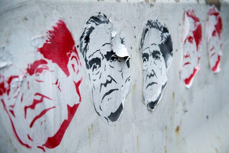 Image: TOPSHOT-US-POLITICS-ART