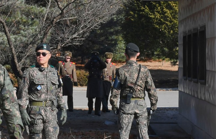 Image: north and south korean soldiers, filer