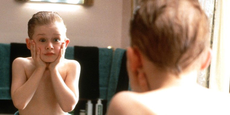 MACAULAY CULKIN, HOME ALONE, 1990
