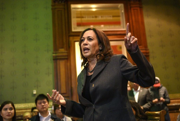 Image: Democratic Presidential Candidate Sen. Kamala Harris Attends Asian and Latino Coalition Discussion At Iowa Capitol Statehouse