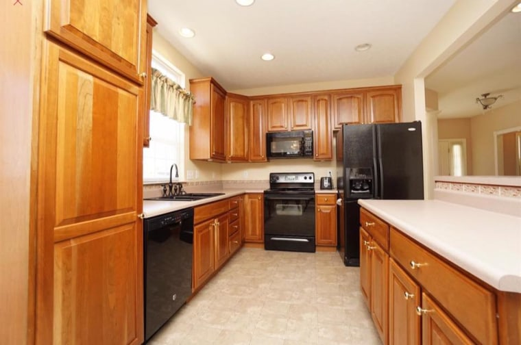 This Kitchen Is Unrecognizable After A Makeover For Only 95