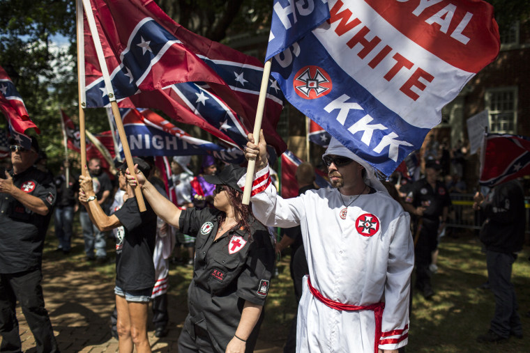 Image: Ku Klux Klan Protests Planned Removal Of General Lee Statue From VA Park