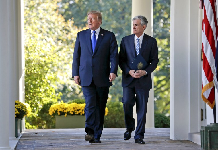 Donald Trump,Jerome Powell