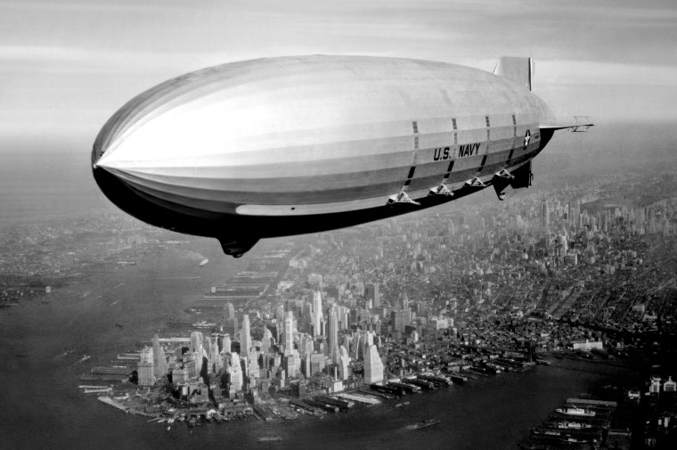 Image: The USS Macon flies above New York in 1933.