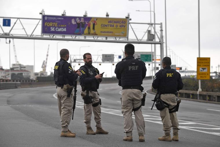 Image: BRAZIL-CRIME-HOSTAGES