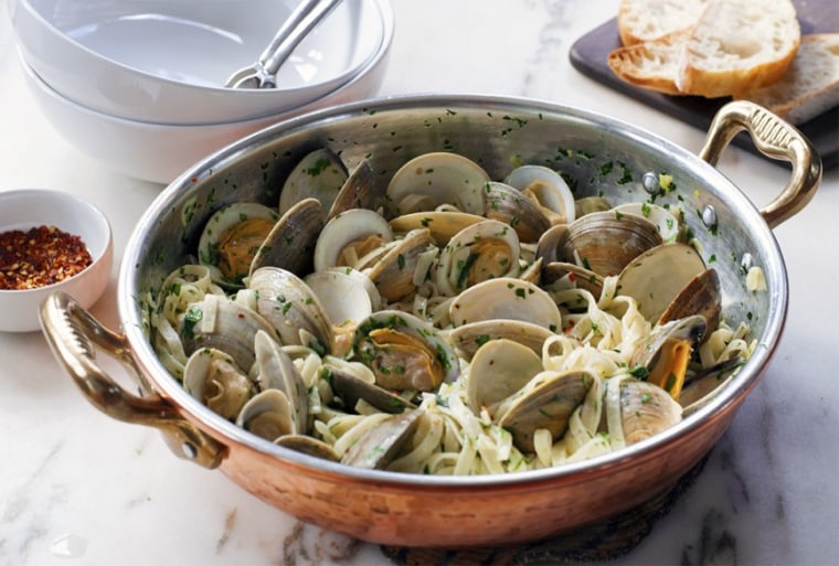 Andrew Zimmern's Linguine with Clam Sauce