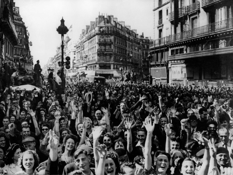 Image: Parisians celebrate the Liberation of Paris