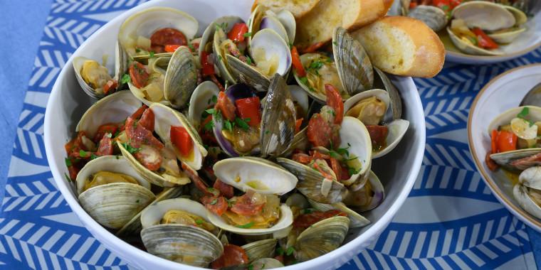 Littleneck clams with chorizo