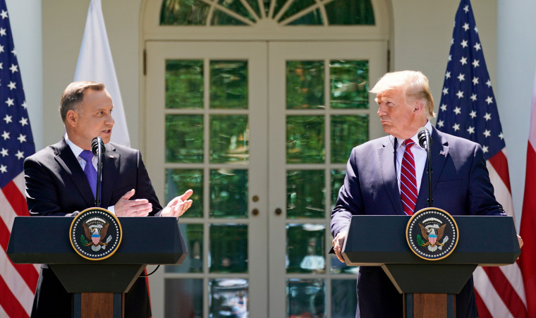 Image: FILE PHOTO: U.S. President Trump and Poland's President Duda hold joint news conference at the White House in Washington