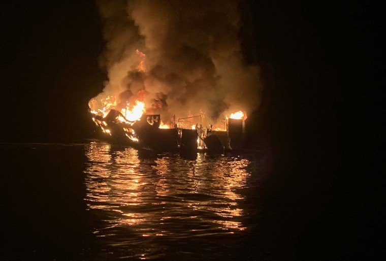 Image: TOPSHOT-US-accident-boat
