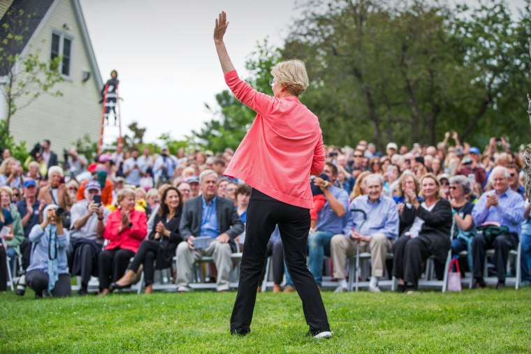 Image: Sen. Elizabeth Warren Holds Labor Day House Party In New Hampshire