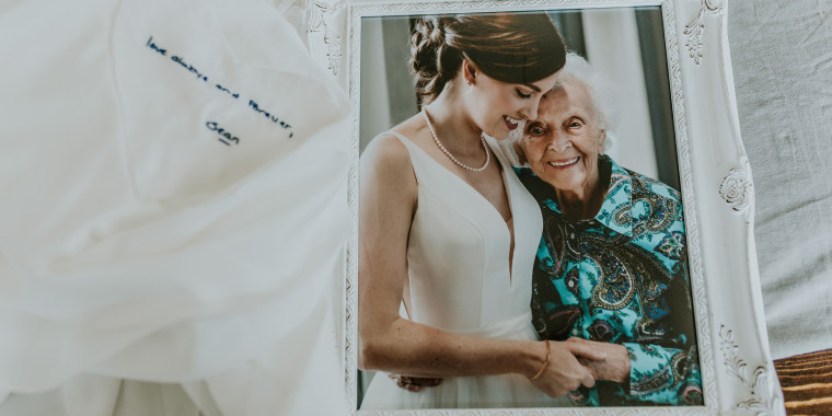 Tara Foley had the perfect way to include her sick grandmother in her wedding festivities.