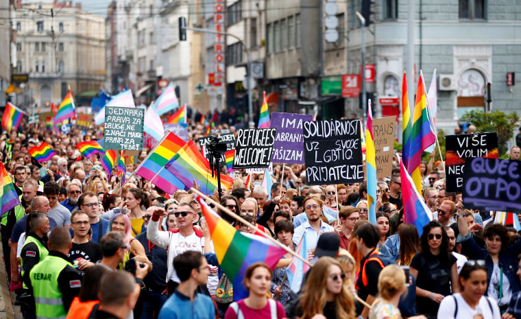 Bosnians march in first Gay Pride under tight police protection