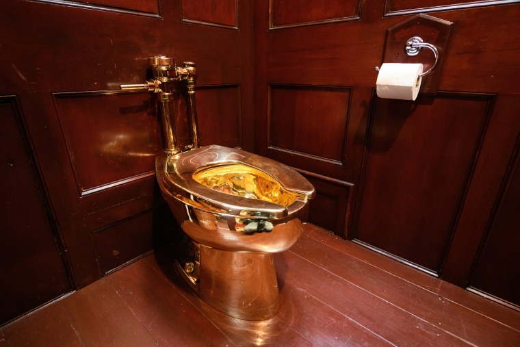 Terrific Solid Gold Toilet Worth 1M And Titled America Stolen From Inzonedesignstudio Interior Chair Design Inzonedesignstudiocom