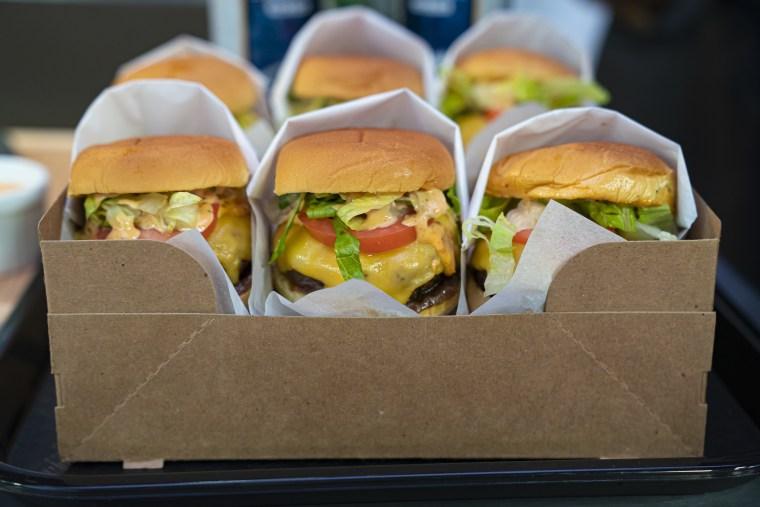 David Rose's Ultimate Burger Sliders + Bratwurst Sandwich