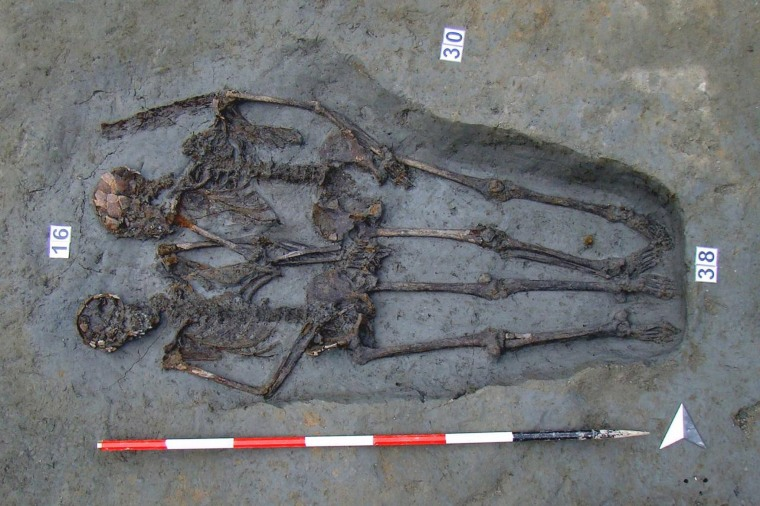 Image: Skeletal remains of Lovers of Modena were two male individuals, researchers say
