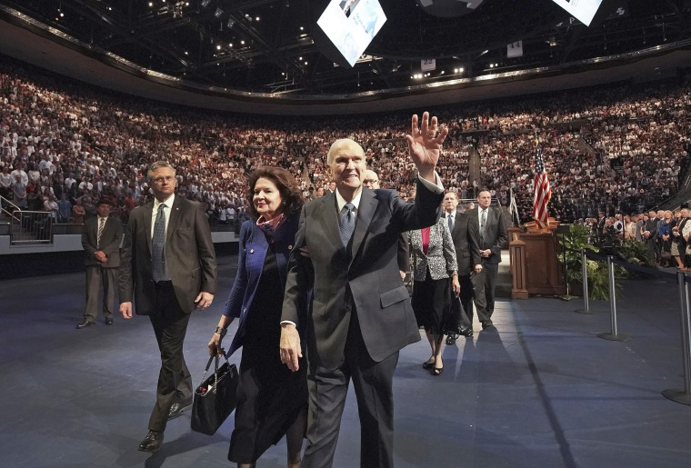 Mormon leader reaffirms religion's opposition to gay marriage