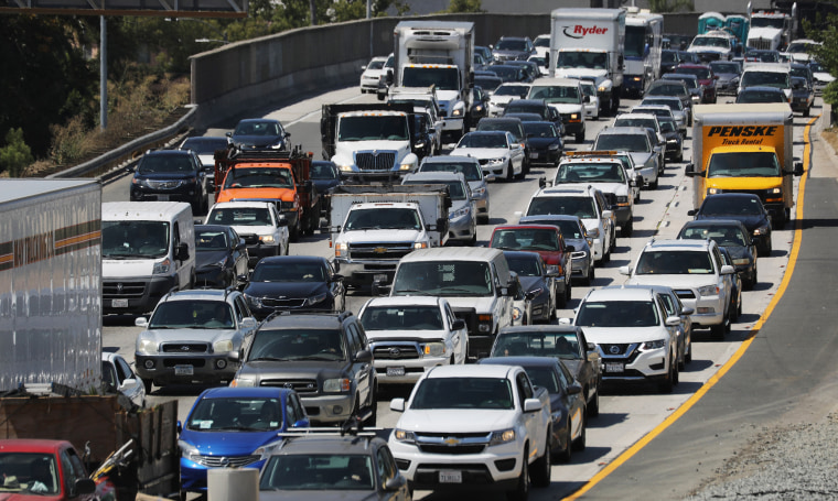 Image: Traffic Builds As Travelers Hit The Road Ahead Of Labor Day Weekend