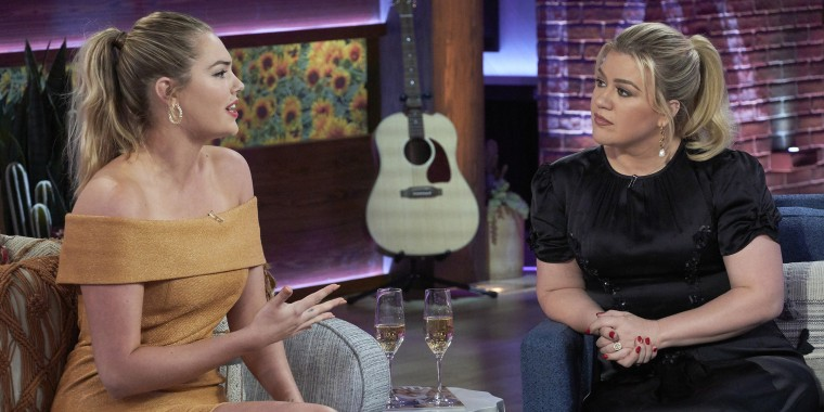 "Kate Upton and Kelly Clarkson discuss breastfeeding on ""The Kelly Clarkson Show."""