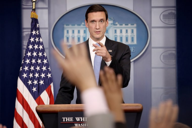 Image: Tom Bossert answers questions during a White House briefing