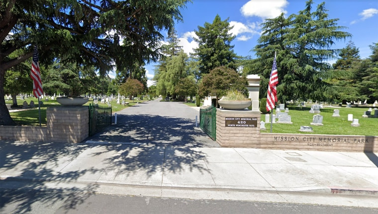 Image: Mission City Memorial Cemetery