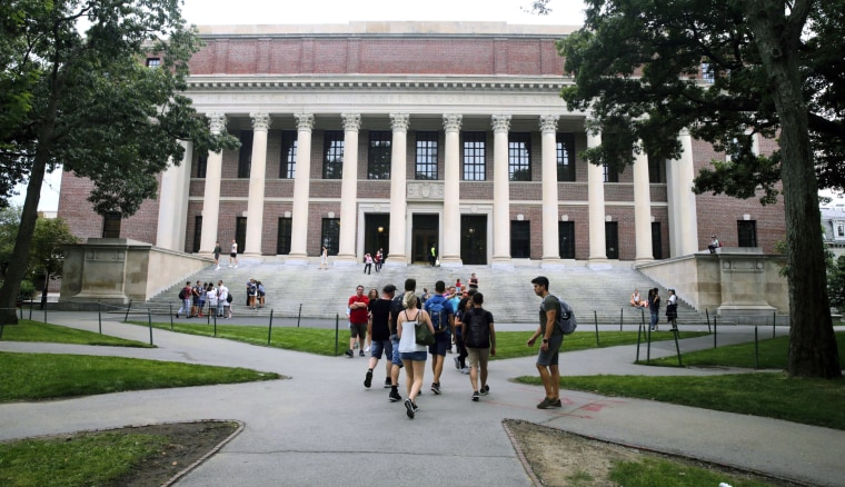 Harvard freshman from Lebanon who was turned away from U.S. is allowed in country in time for class