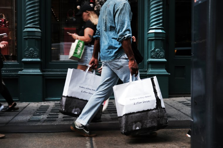 Image: Retail shopping