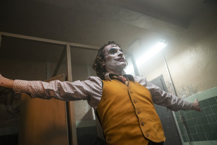 Image: Joaquin Phoenix Joker
