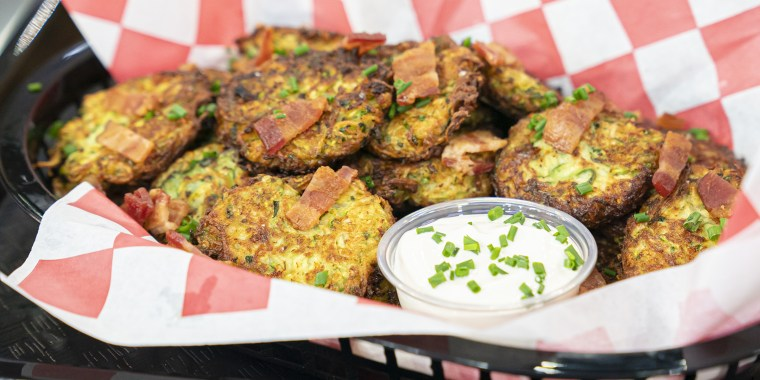 KATIE LEE - STEELERS V. CHARGERS: Carne Asada Loaded Fries + Pierogi-Inspired Zucchini Fritters + Zucchini Chips