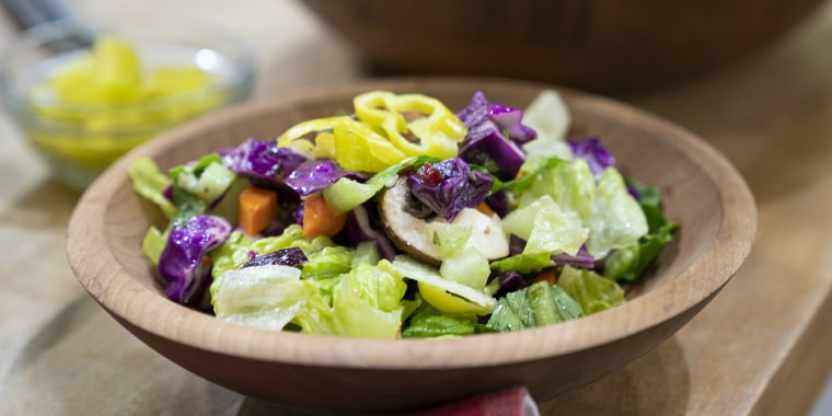 JEFF MAURO: Slow-Cooker Deep Dish Pizza + Garbage Salad