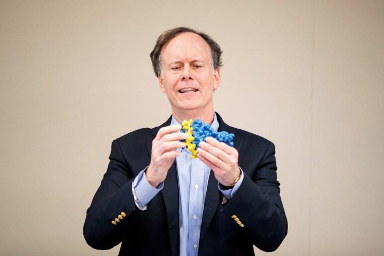 Image: Harvard Professor William Kaelin Shares Nobel Prize In Medicine