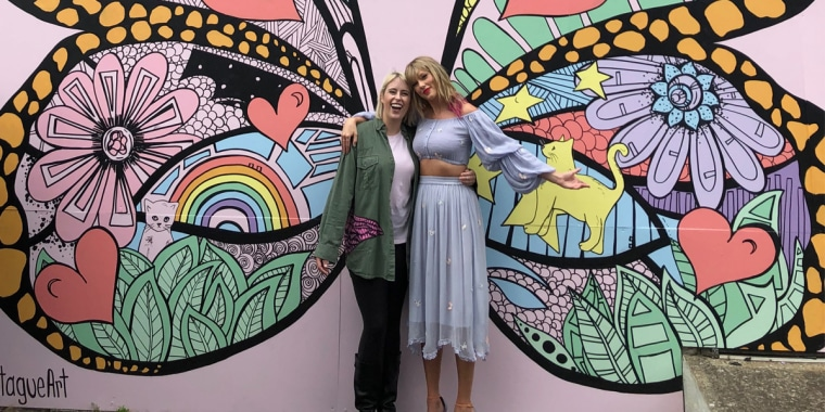 Street artist Kelsey Montague and singer Taylor Swift.