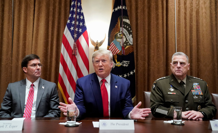 Image: Trump meets with senior military leaders at the White House in Washington