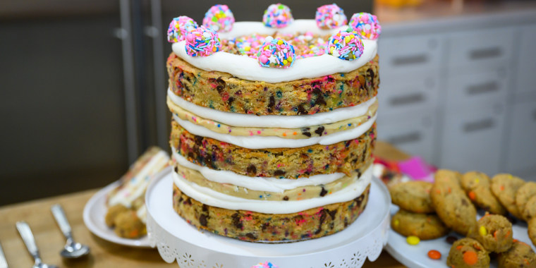 Kristen Tomlan's Signature Chocolate Chip Cookies + Nuts for Nuts Cookies + Magical Unicorn Cookie Dough + Cookie Lover's Cake