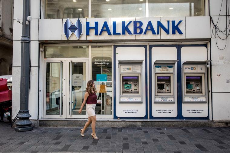 Banks Caught In Crossfire As Turkish Companies Press Erdogan To Contain Turmoil