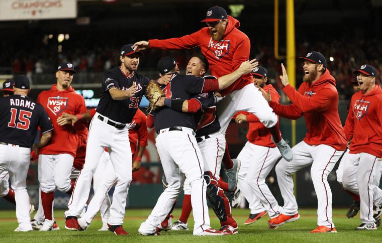 Image: League Championship Series - St Louis Cardinals v Washington Nationals - Game Four