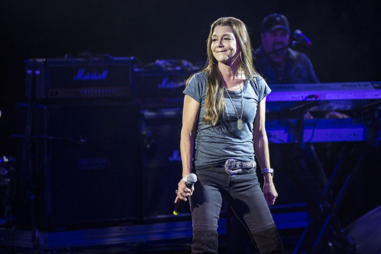 Gretchen Wilson stayed in New Mexico hotel till they threw her out